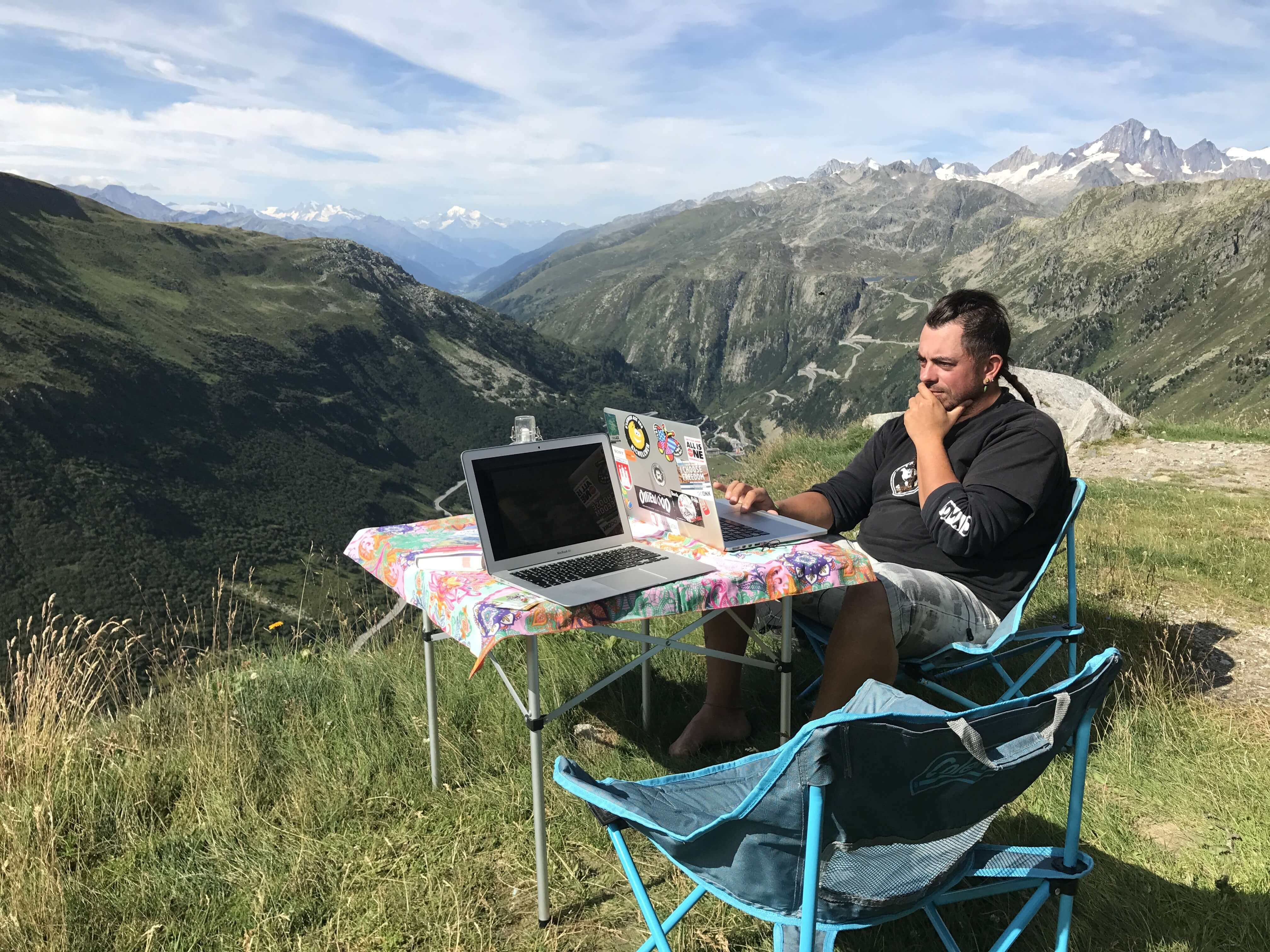 Arbeitsplatz in den Bergen