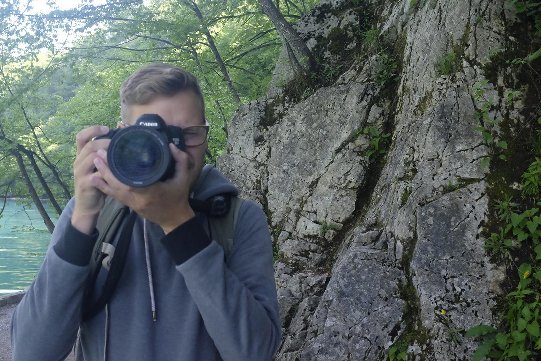Adrian mit Kamera