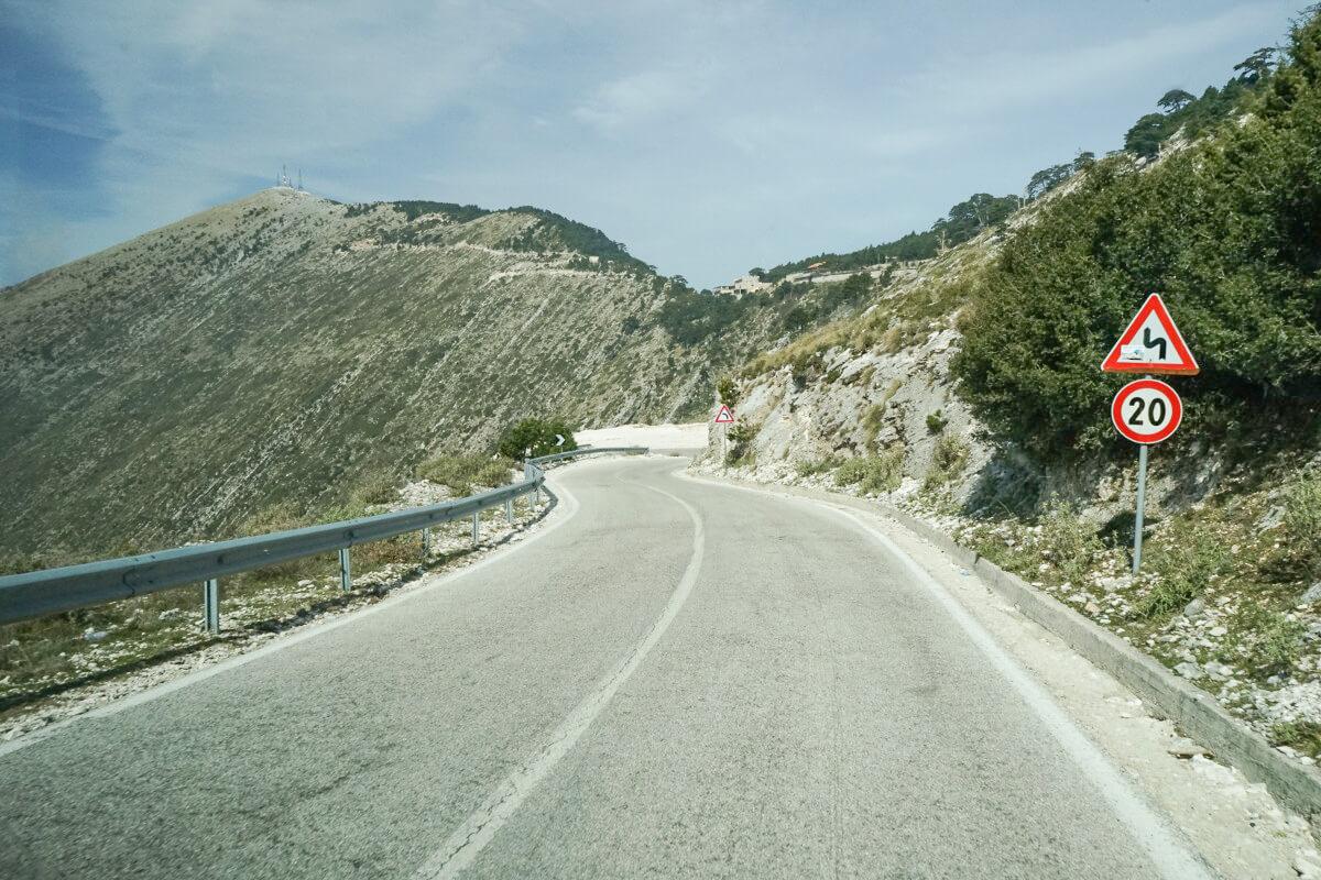 Strasse ohne Löcher, Albanien Reisen, Llogara-Pass