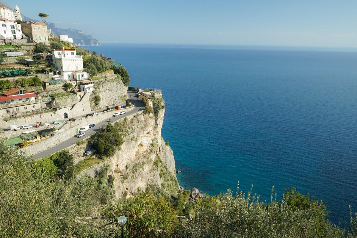 Amalfiküste mit Strasse