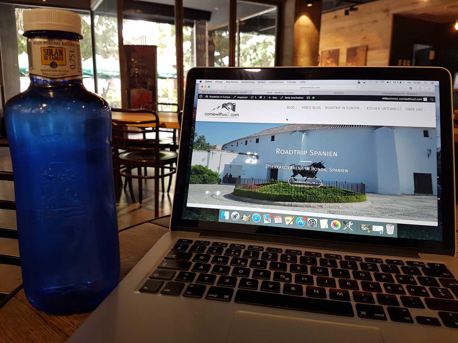 Blog starten - Arbeiten im Starbucks