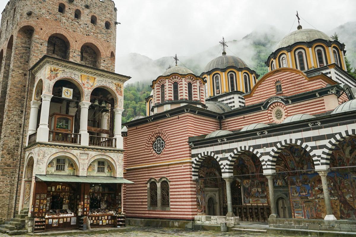 Das Rila Kloster im Rila Nationalpark in Bulgarien.