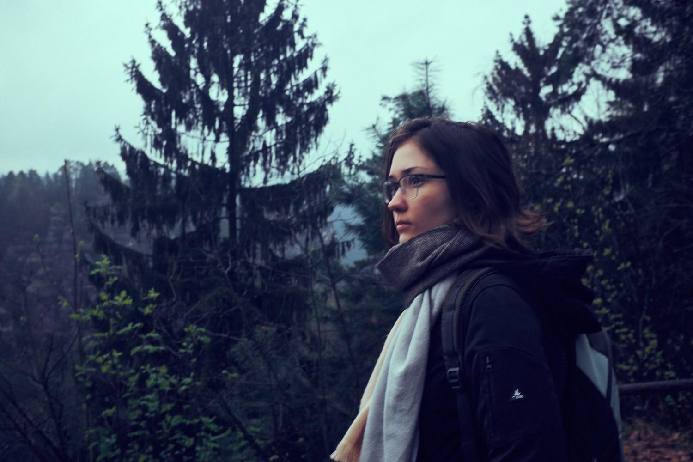 Elisa im Wald