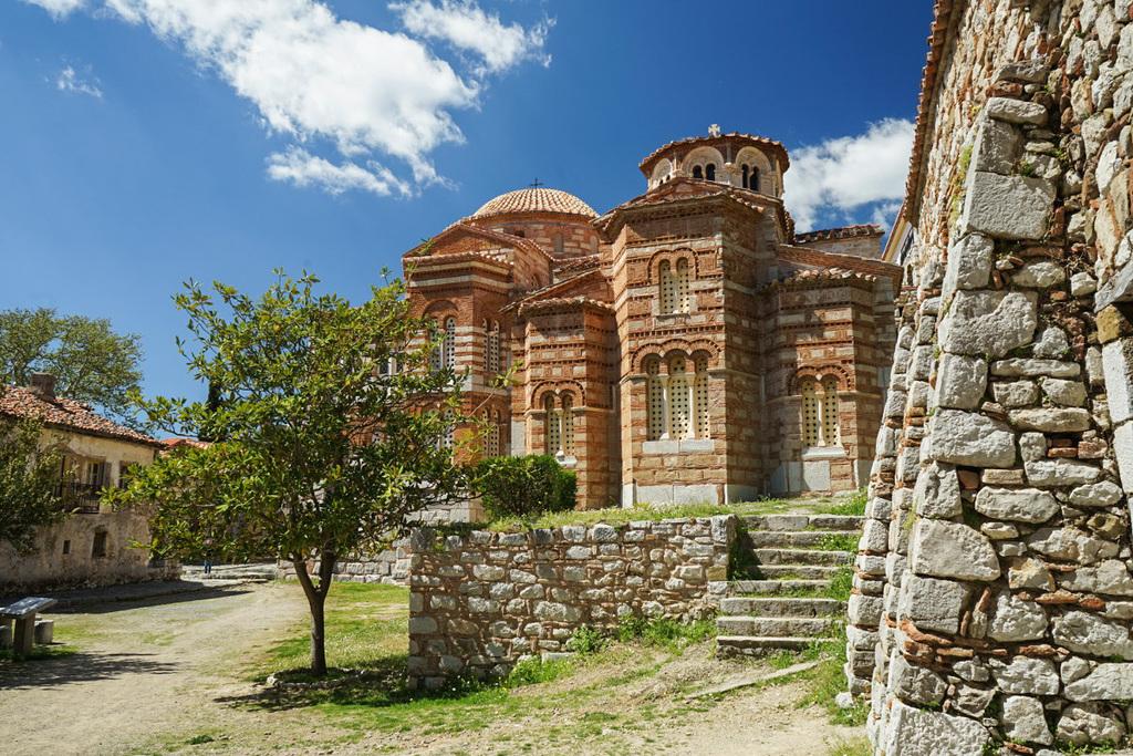 Aussenansicht der zwei Kirchen, Hosios Loukas
