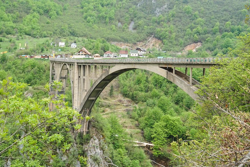 Tara Canyon Bridge - Montenegro Sehenswürdigkeiten