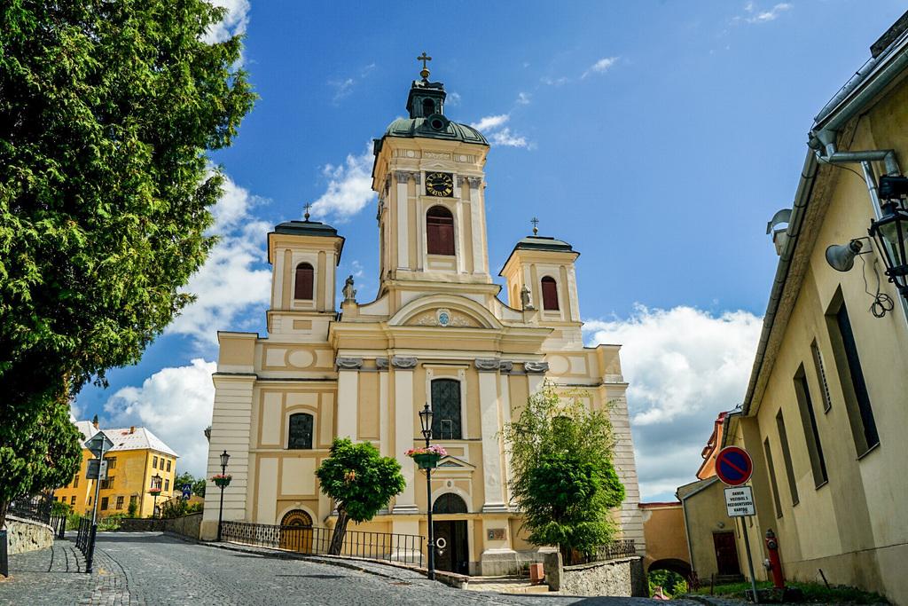 Steinkirche in Banska Stivanica, Slowakei