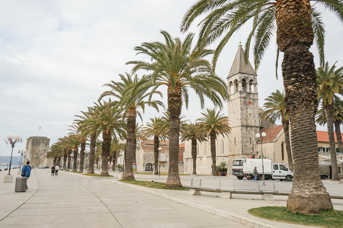Palmenallee, Steinkirche - Trogir, Sehenswürdigkeiten Kroatien