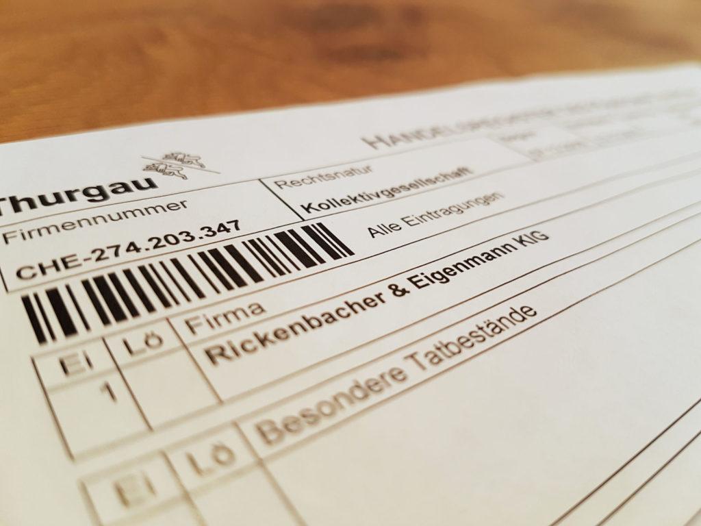 offizielles Dokument des Handelsregisterauszuges - Reisevorbereitung