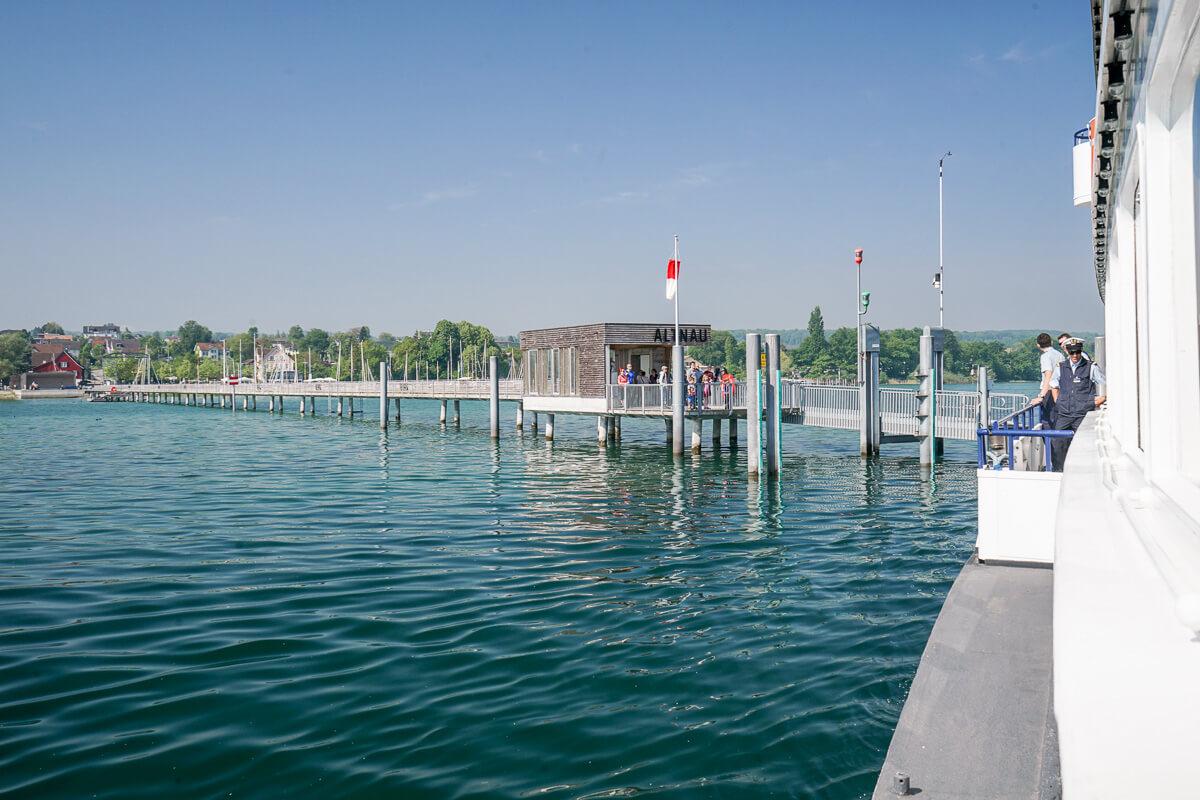 Altnau am Bodensee: Anlegestelle mit dem Schiff