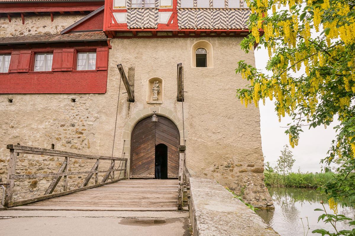 Ausflugsziel: Schloss Hagenwil - Schlossführung, Essen, Events