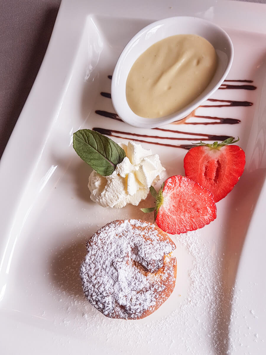 Dessertkreationen im Wasserschloss Hagenwil