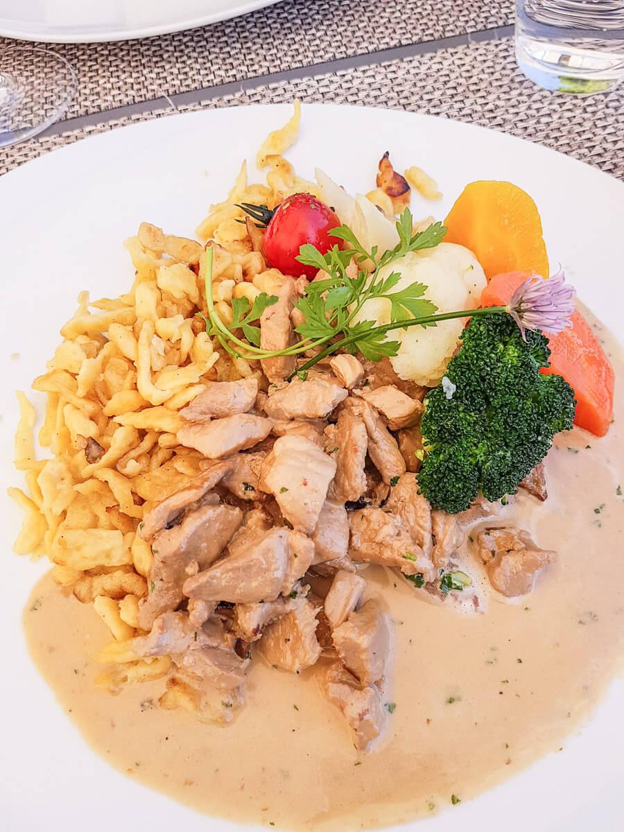Regionale Fleischgerichte im Restaurant Schloss Seeburg, Kreuzlingen