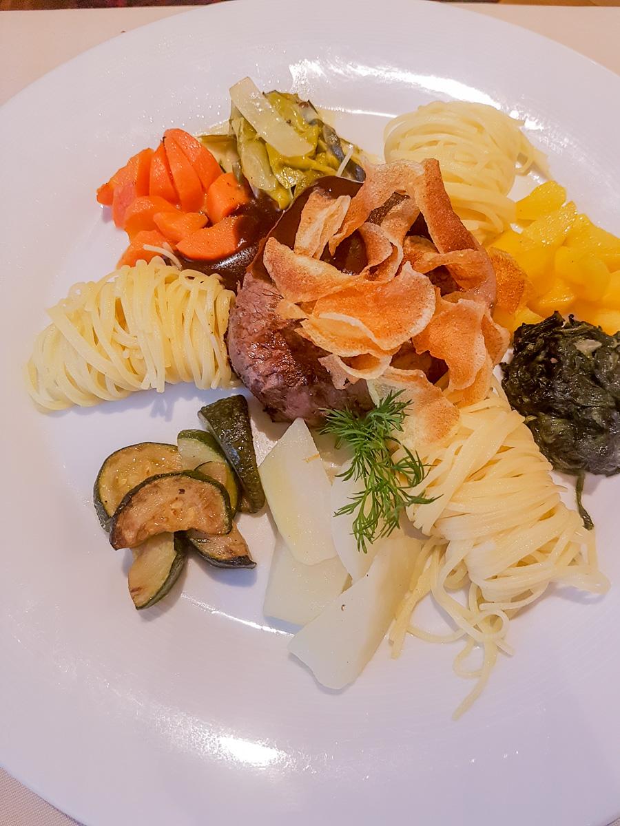 Gasthof Eisenbahn: Gehoben und gut Essen