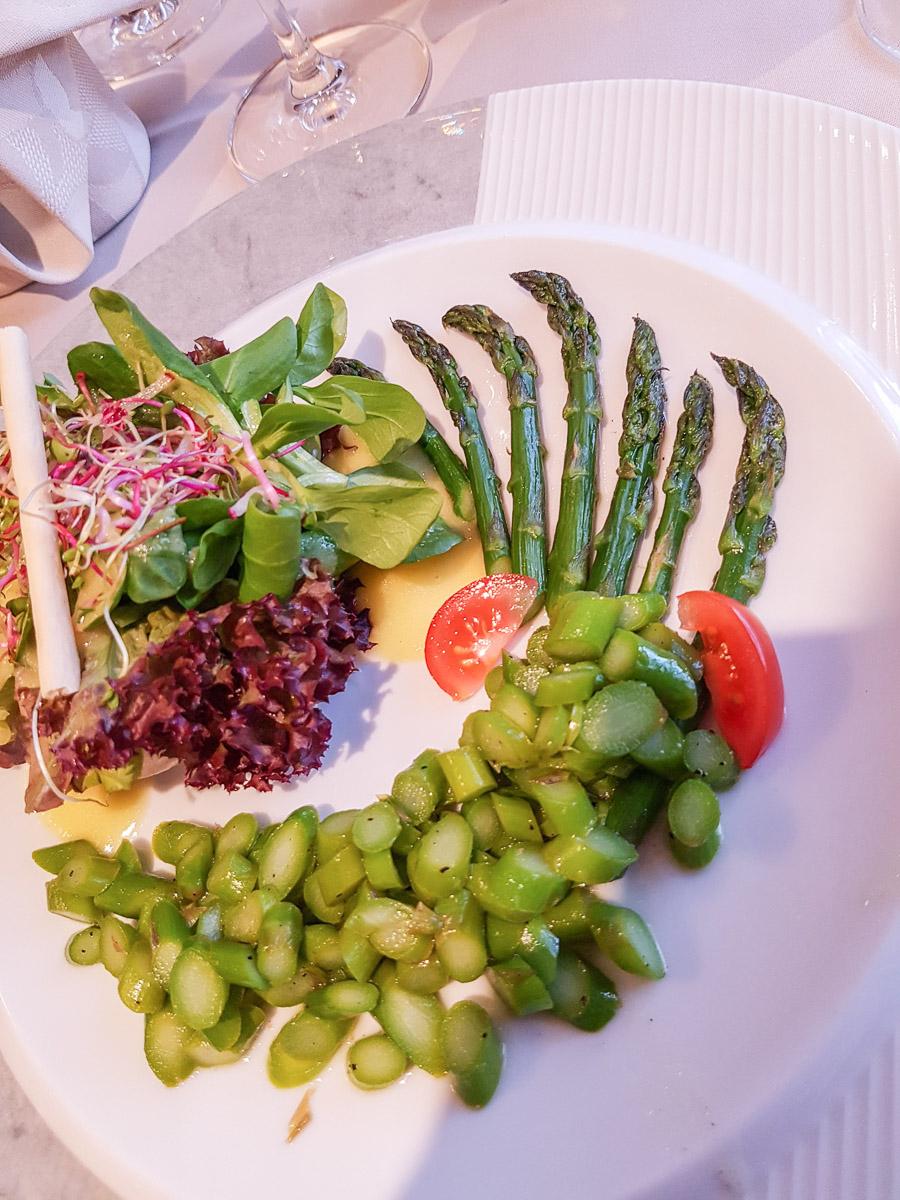 Gasthof Eisenbahn in Weinfelden: Spargelsalat als Vorspeise