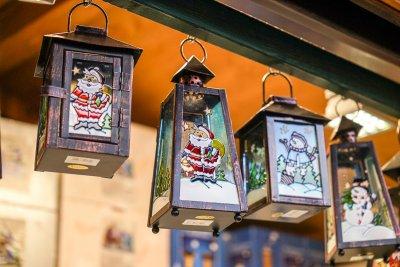 Laternen mit Nikolaus - Weihnachtsmarkt Innsbruck Marktplatz