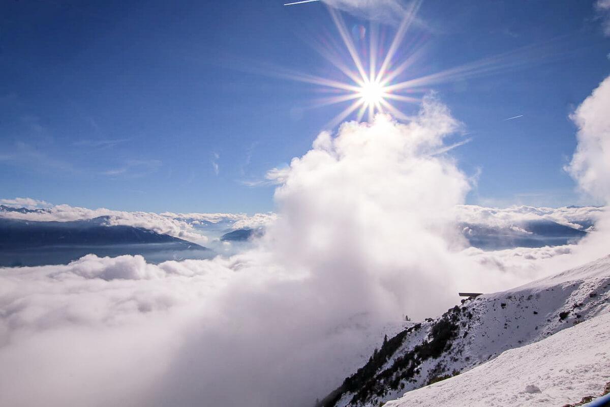 Wintersport in Innsbruck - Skifahren, Snowboarden und Rodeln