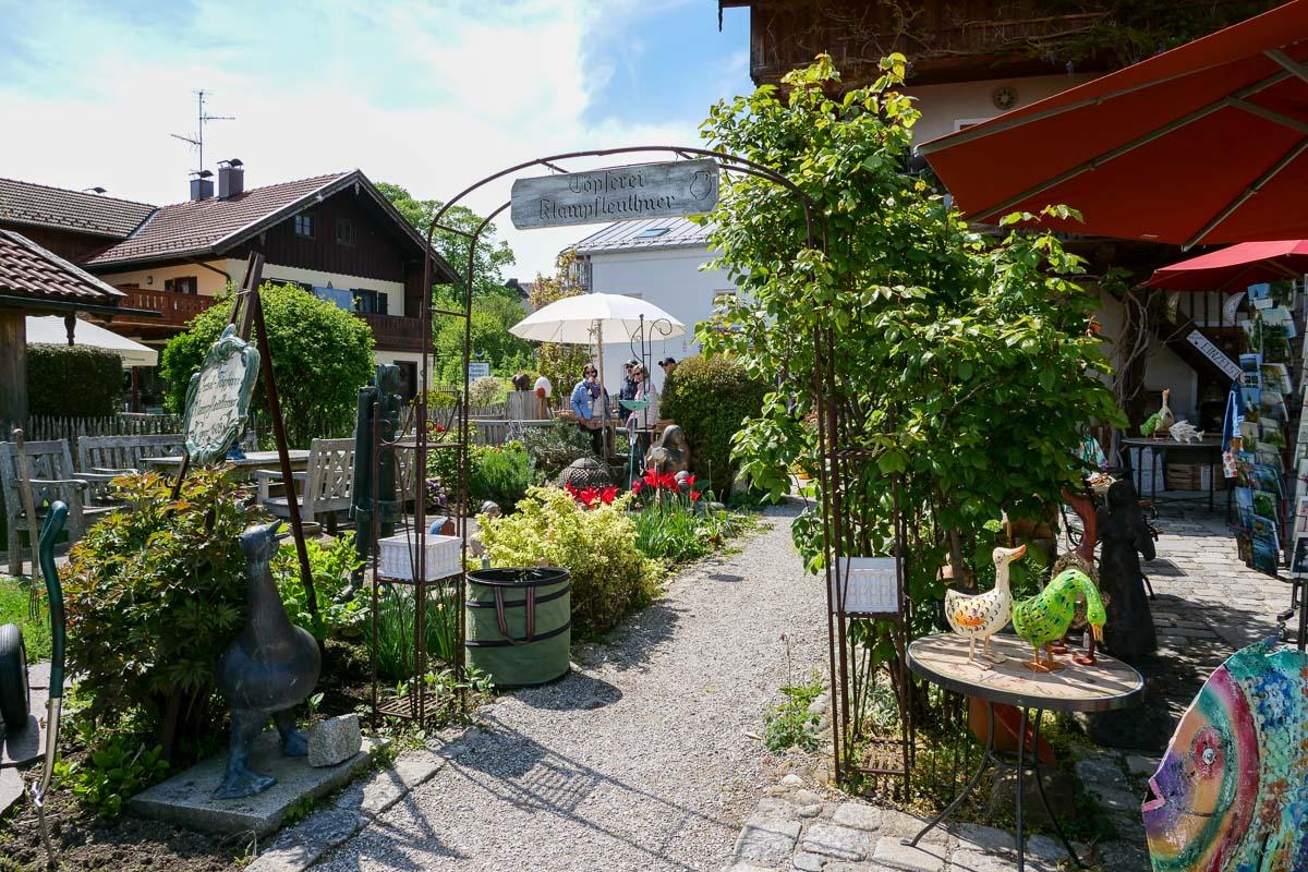 Handwerk-Geschäft auf der Fraueninsel im Chiemsee Süd-Deutschland