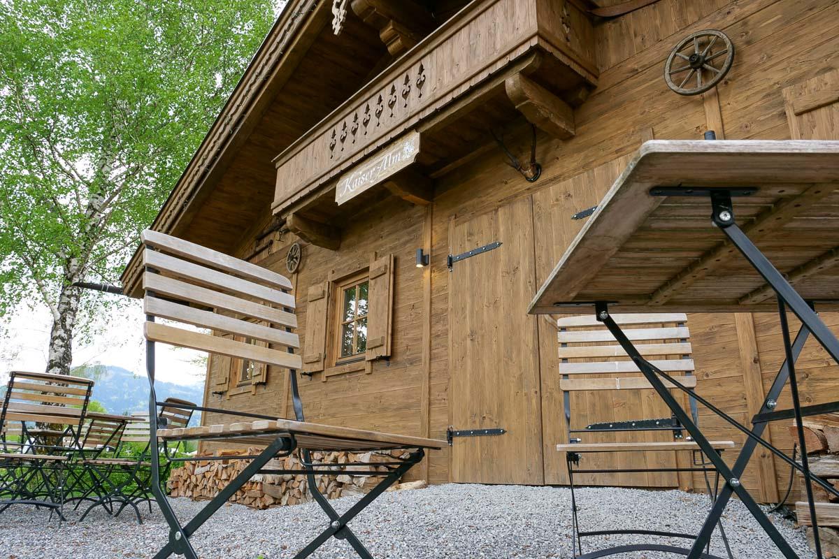 Kaiser Camping Outdoor Resort Almhuette